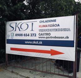 Banner vysiaci na bráne - Copy Servis Pezinok